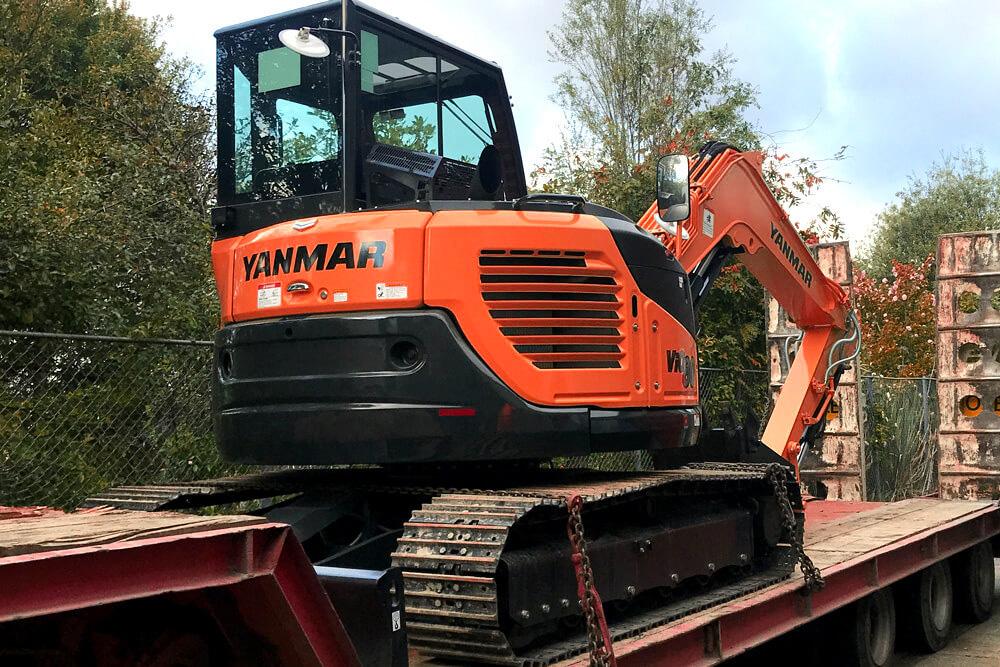 orange digger hydraulic engineering