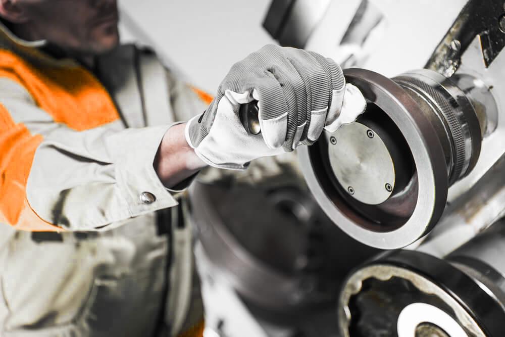 hydraulics metal lathe operator